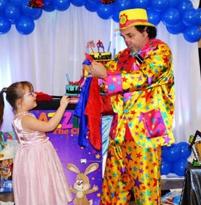 birthday party event dazzle clown image